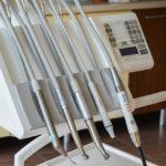 Jak właściwie dbać o swoje zęby, istotna jest profilaktyka